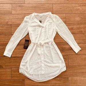 NWT Bebe White Mini Robe Dress w Waist Tie